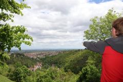 Von der Klosterruine Limburg zur Schlossruine Hardenburg